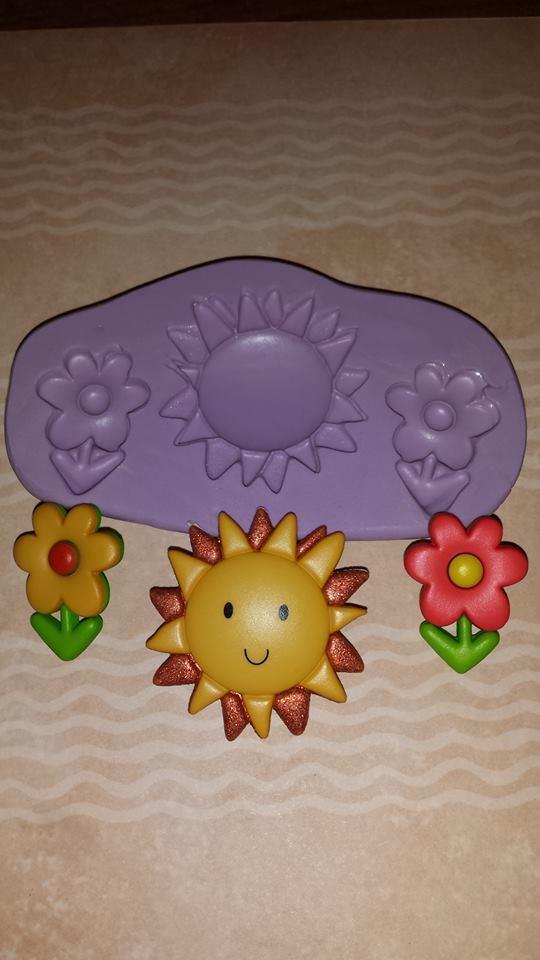 Mini Flowers and Sun Mold Set