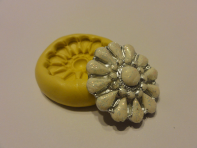 Favorite Brooch Mold