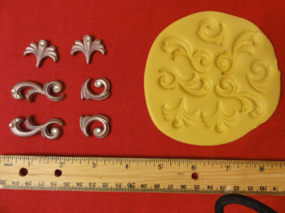 Scrolls with Jewels Mold