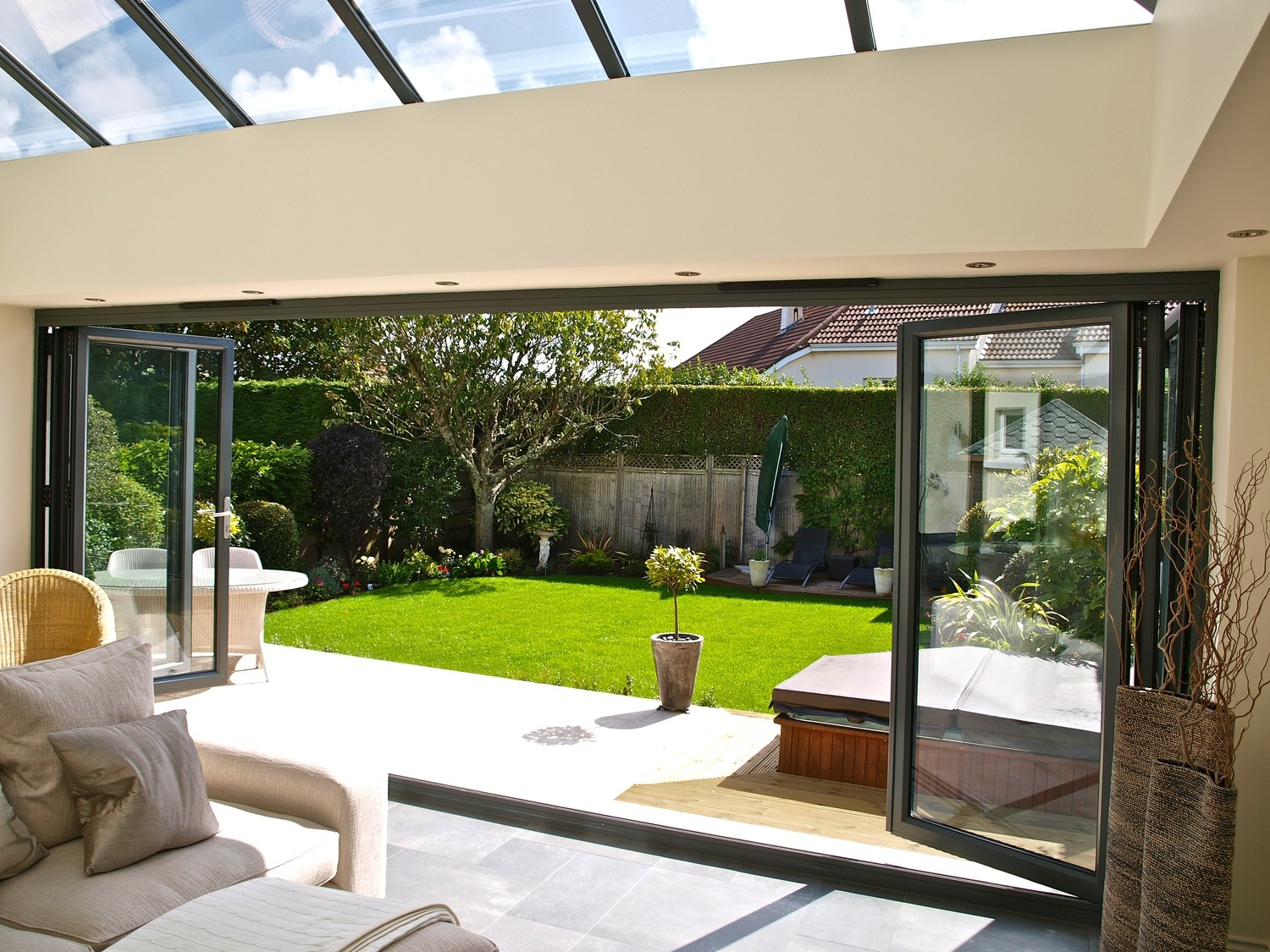 5 Panel Aluminium Bifolding Door