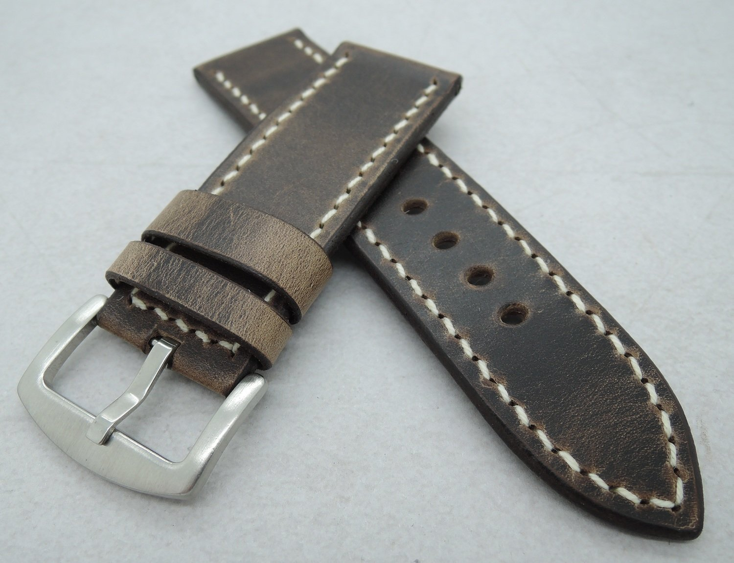 "26mm wide ""Crazy Horse"" strap"