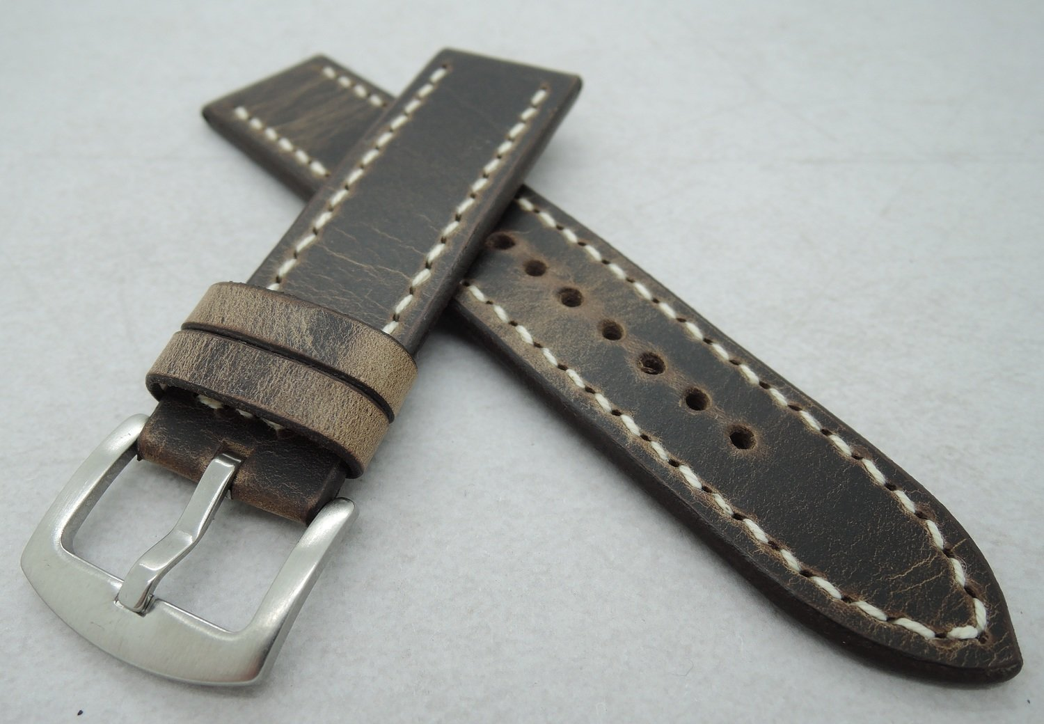 "22mm wide ""Crazy Horse"" strap"