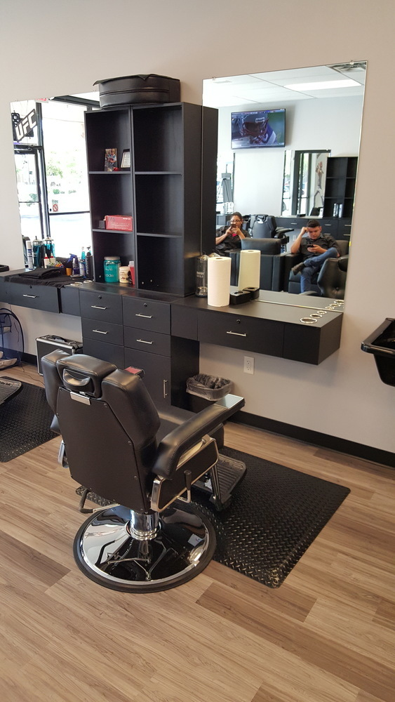 Beverage Barbers Buzz - 1 Haircut, 1 Beverage/Snack, 50 Game Credits, Free PS4 Gametime
