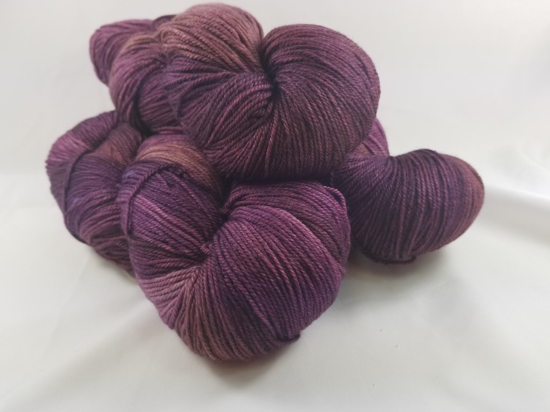Cashmere Squeeze- 025 Purple Corn