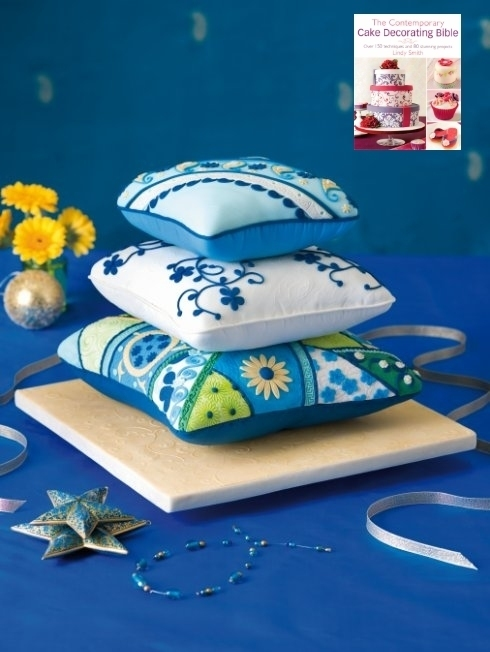 Stacked cushion cake by Lindy Smith from her 'Contemporary Cake Decorating Bible' book