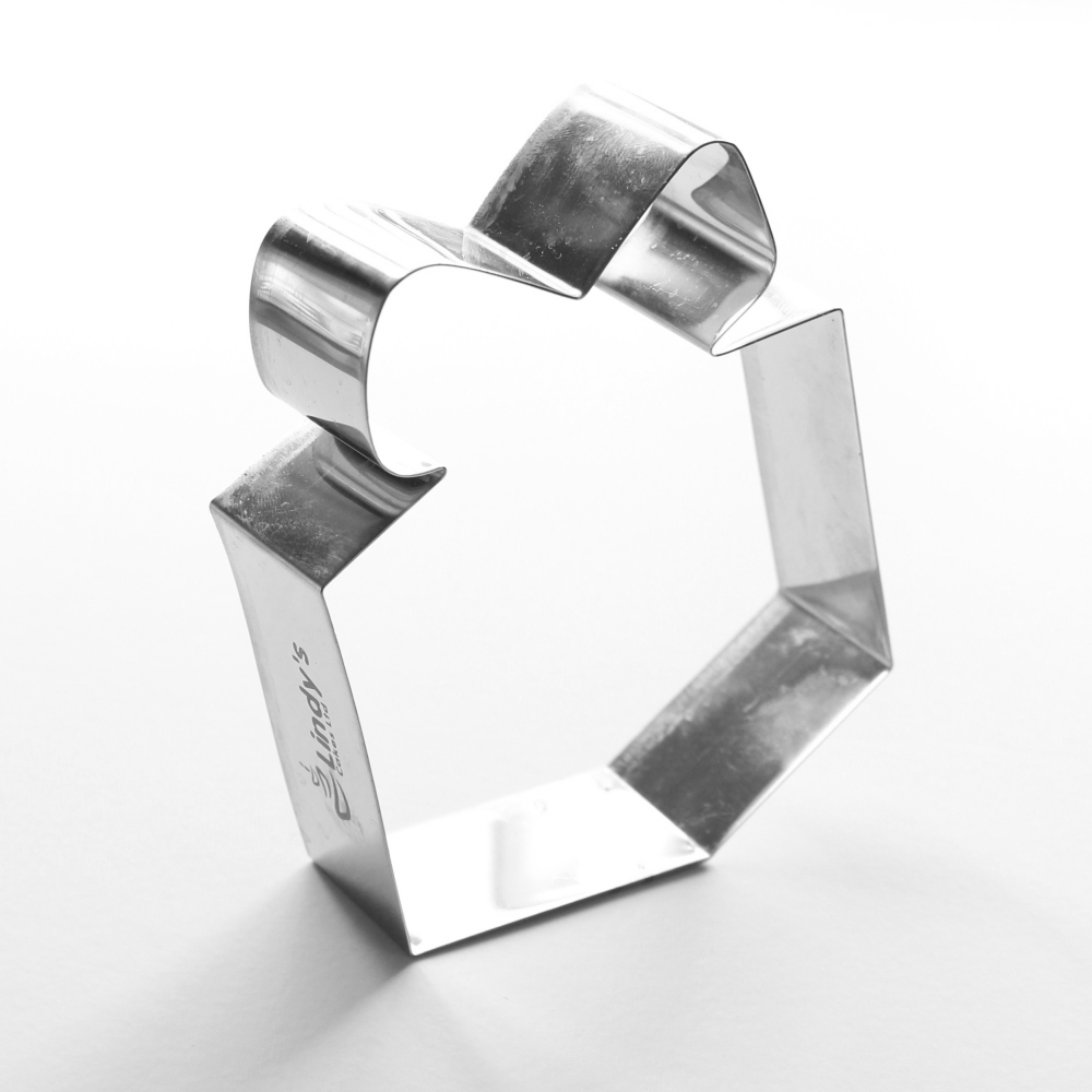 Present Cookie Cutter (Lindy's)