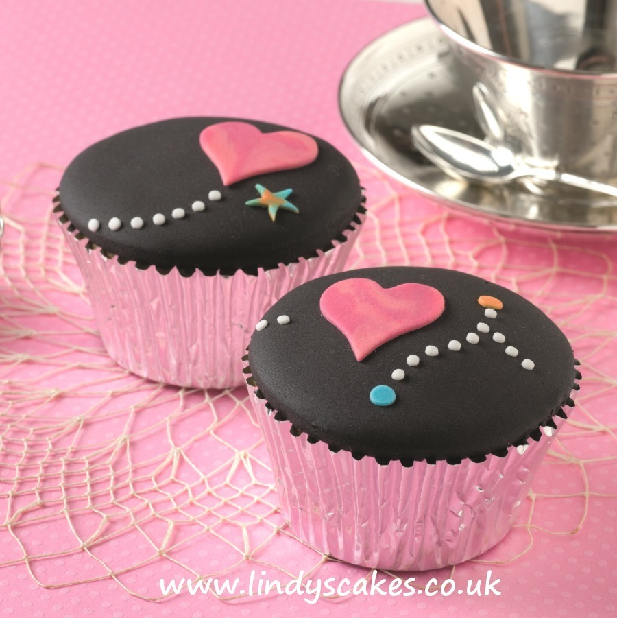 Simple heart cupcakes, perfect for Valentines. Learn how to make them In Lindy's 'Contemporary cake decorating bible 'book
