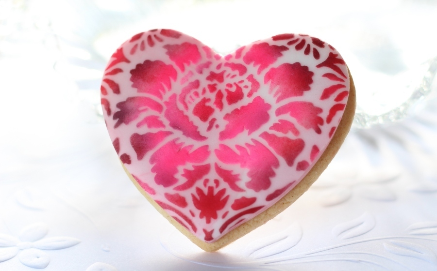 Romantic heart stencil designs