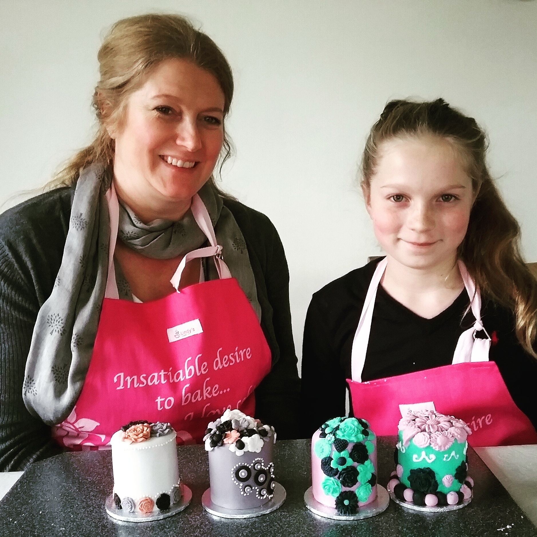 Mother and daughter 1-2-2 class with Lindy Smith