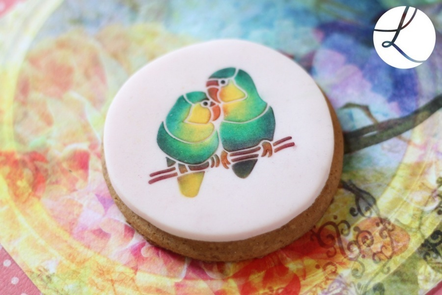 Lovebird stencil used to decorate this delightful cookie