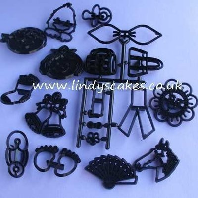 Mini Set of Cutters and Embossers (Patchwork Cutters)