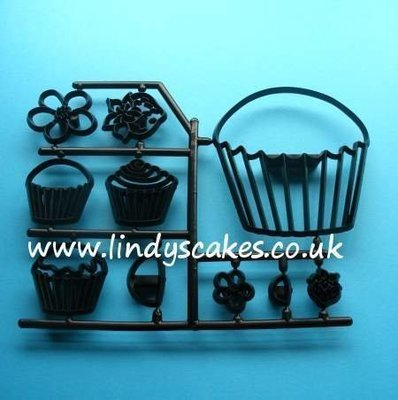 Cupcakes Cutter and Embossing Set (Patchwork Cutters)