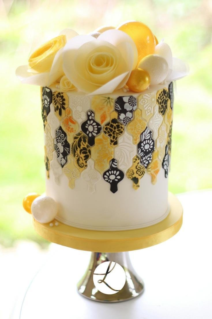 Hedgerow flower stencils used on this black, yellow and white version of Lindy's Moroccan tile cake