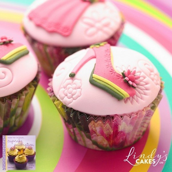 Shoe cupcakes by Lindy