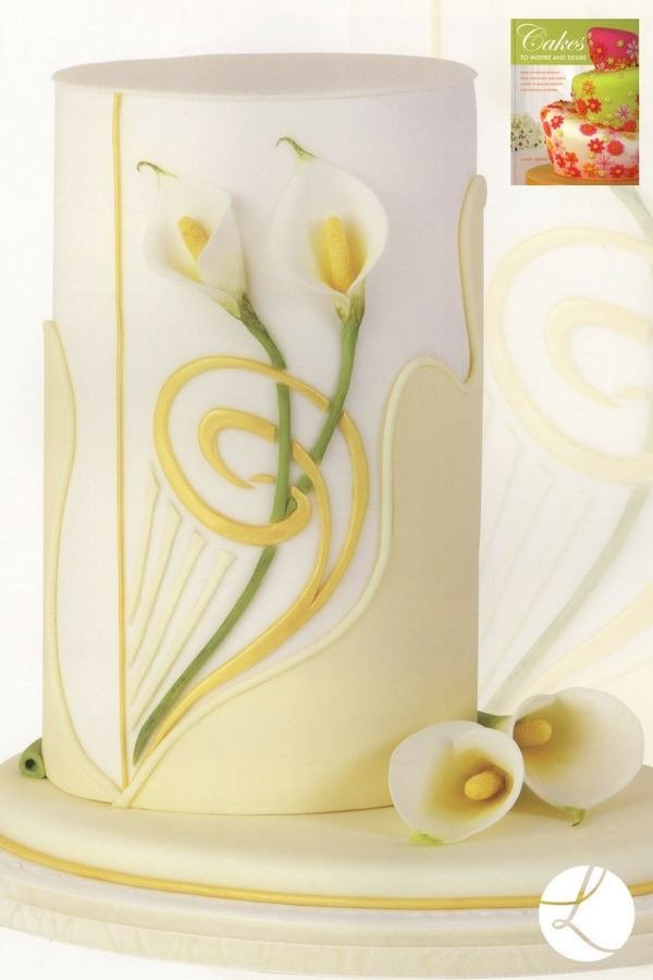 Cala lily cake by Lindy Smith from her book 'Cakes to inspire and desire'