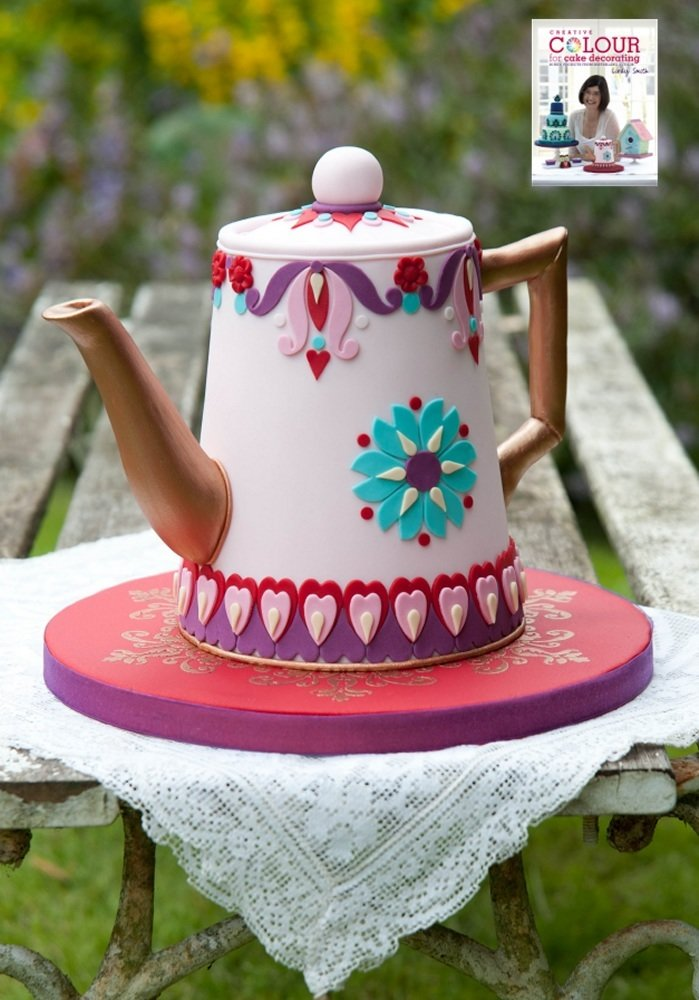 Time for tea cakefrom creative colour for cake decorating book by Lindy Smith