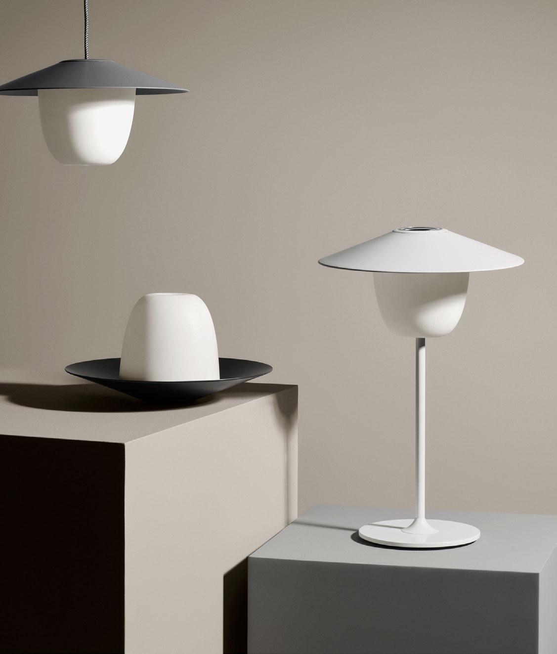 Mobile LED In-/ Outdoor Akku-Leuchte dimm-/ wandelbar 56060
