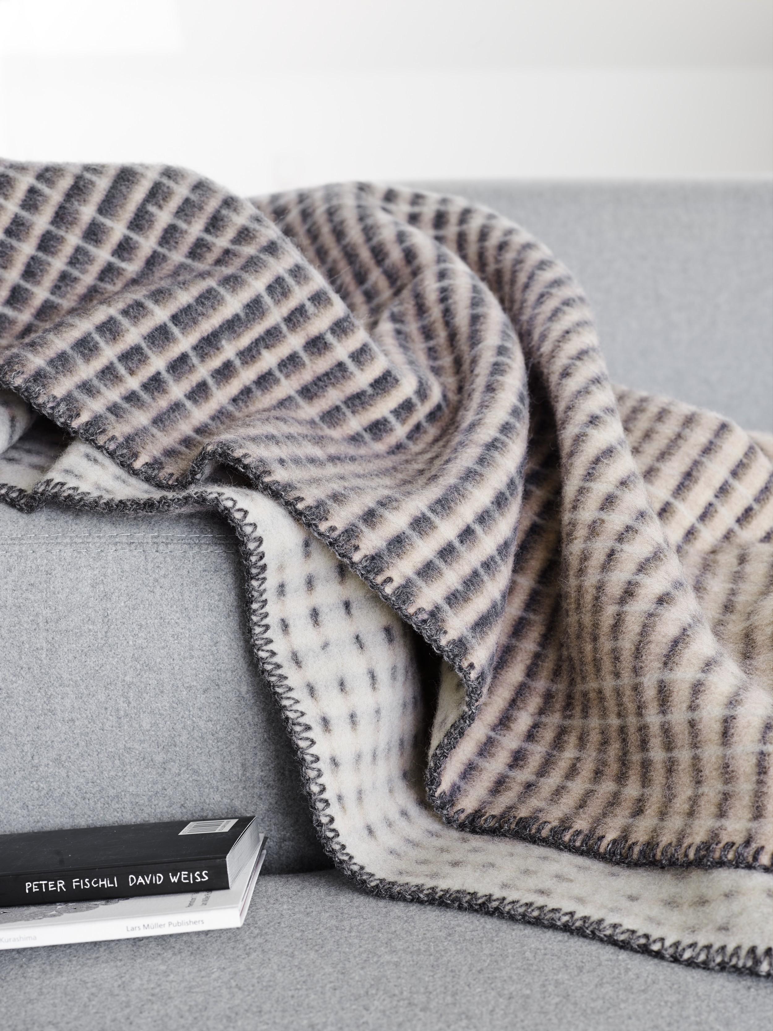 Norwegische Lammwoll Decke Røros Tweed Agnes 135x200cm 40089