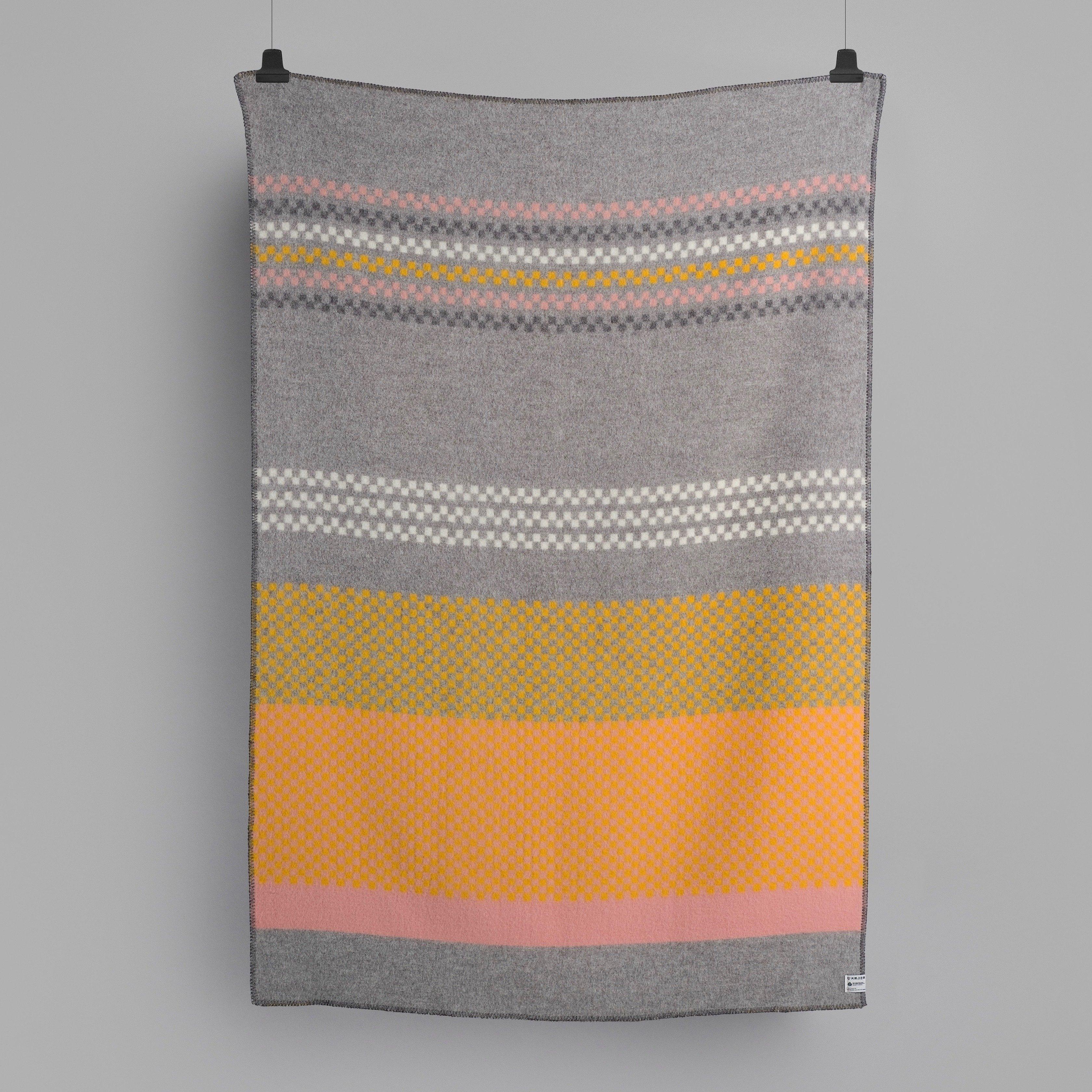 Norwegische Lammwoll Decke Røros Tweed Toskaft 135x200cm 55916
