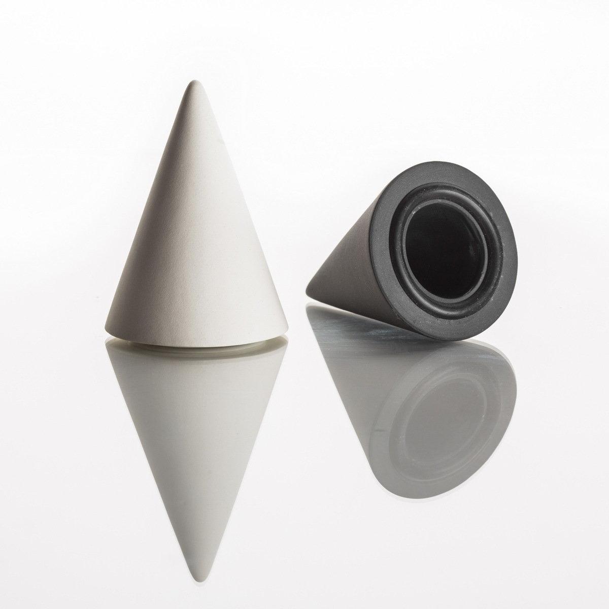Pfeffer- oder Salzstreuer aus hochwertigem Porzellan