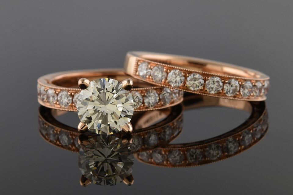 Rose Gold Bridal Set With Round Diamonds