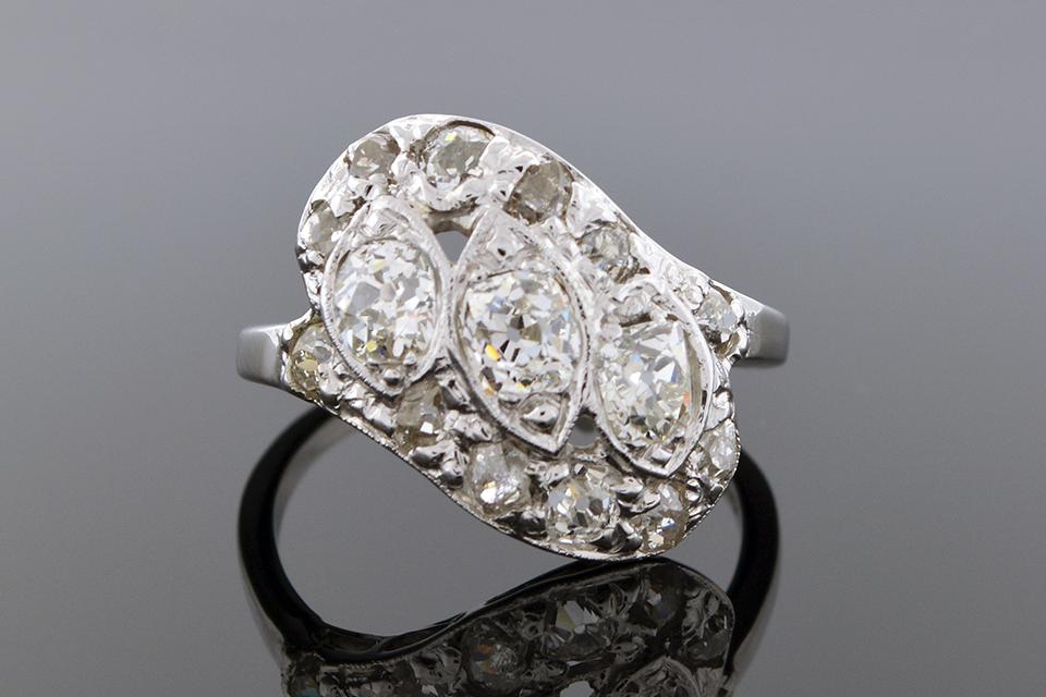 Item #5042 Vintage Diamond Angle Ring 5042