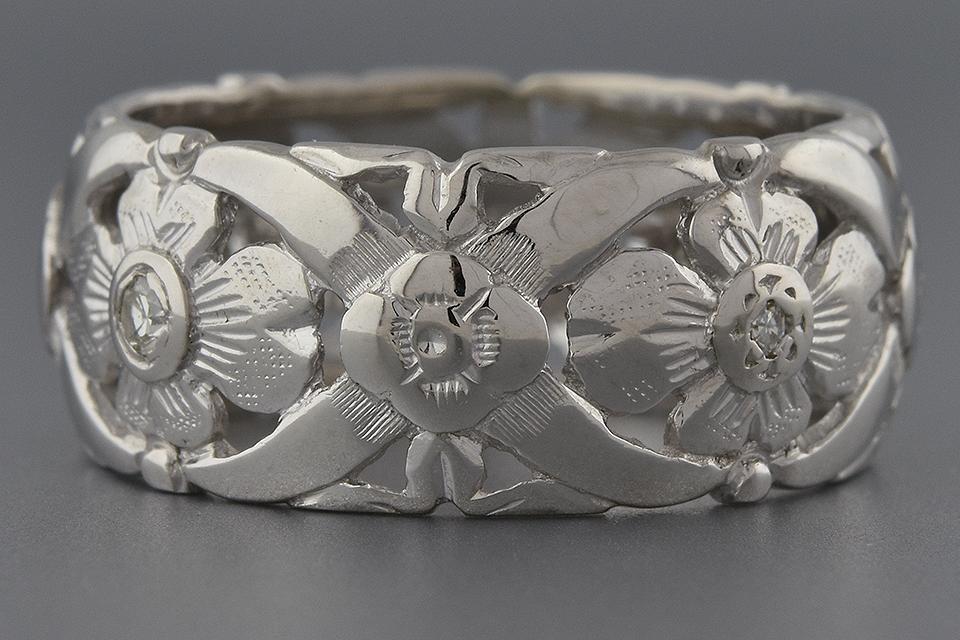 Item #1770 Ornate Floral Diamond Set Band