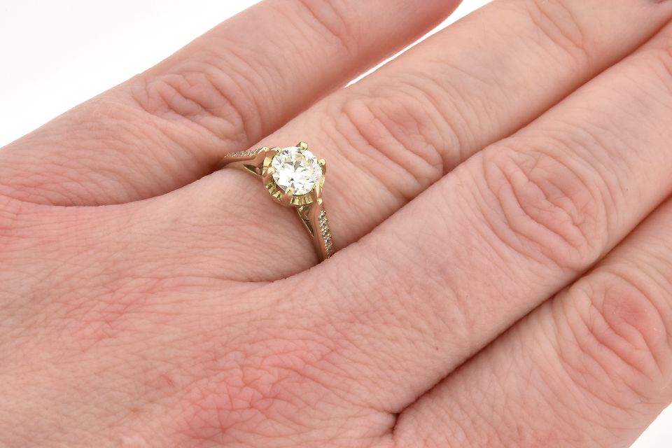 Vintage Buttercup Setting Diamond Engagement Ring