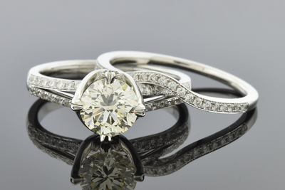 Item #6514 Split Shank Design with 1.15ct. Diamond Bridal Set