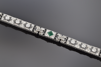 Remarkable Art Deco Diamond Emerald and Onyx Bracelet