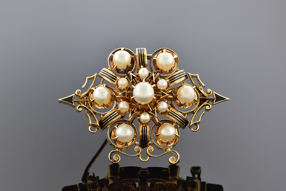 Item #4631 Beautiful Arrows Victorian Pearl Mourning Brooch 4631