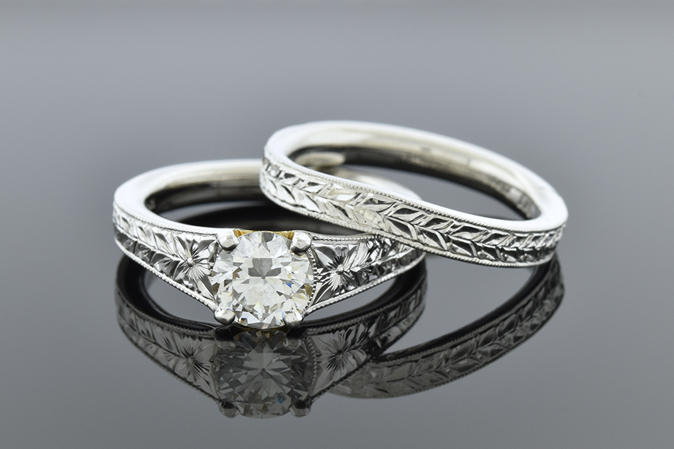 Carved Band Platinum Wedding Set