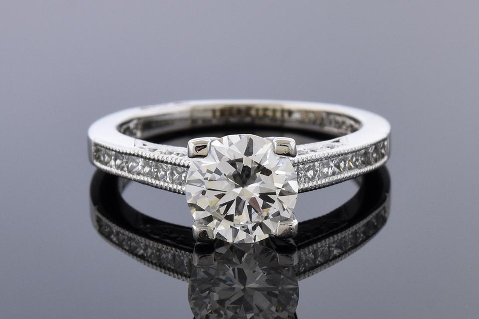 Item #11106 Classic style Tacori Diamond Engagement Ring 11106