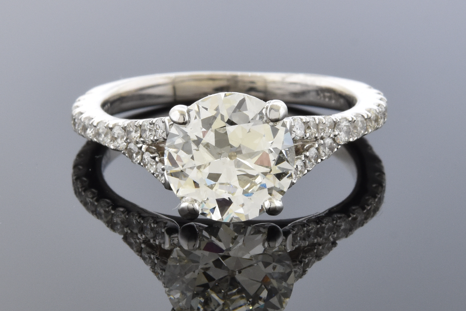 Item #12101 Split Shank 1.45 Carat Diamond Engagement Ring 12101