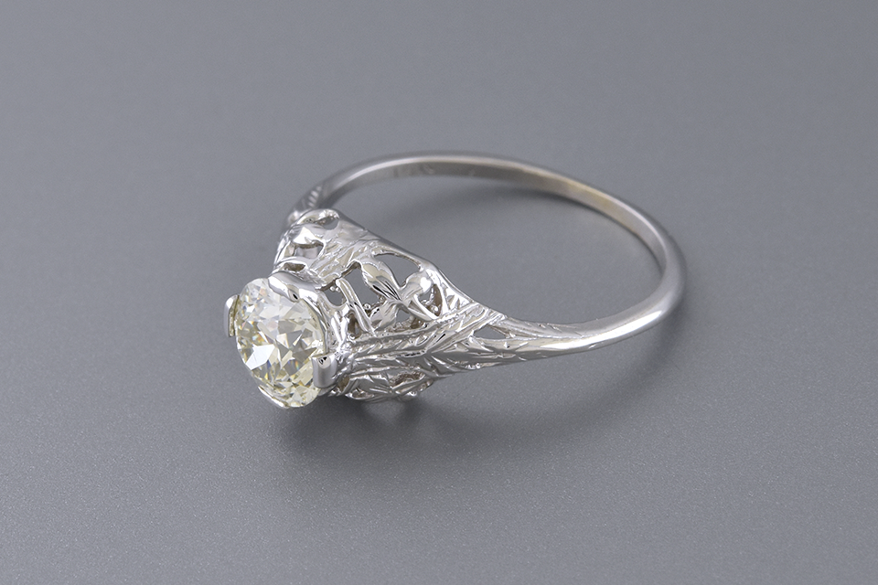 Art Deco Open Design Solitaire Engagement Ring