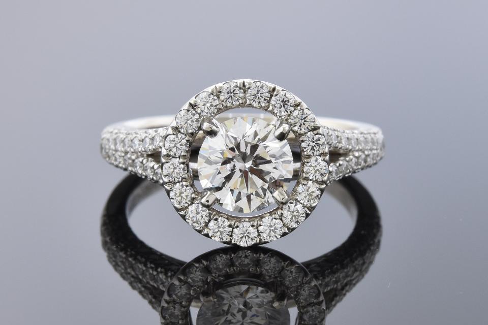 Item #11560 Diamond Halo Engagement Ring with Split Shank Design 11560