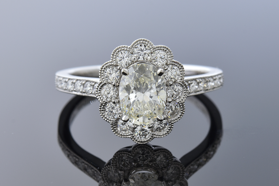Item #11195 Scalloped Edge Halo Diamond Engagement Ring 11195