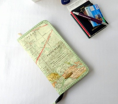 Map Print Family Passport Holder for 6