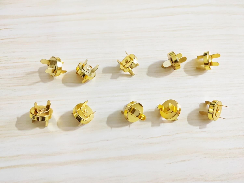 "Set of 10 Magnetic Snap  - 0.75"" diameter - golden color"
