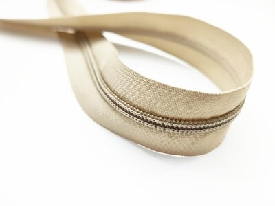 Beige Nylon Zipper #5 yardage