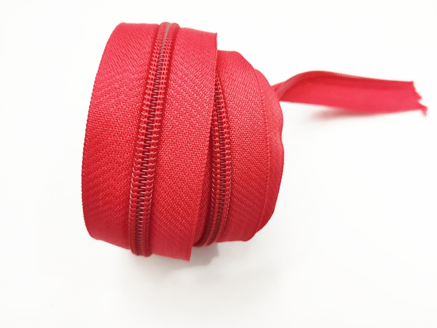 Red Nylon Zipper #5 yardage