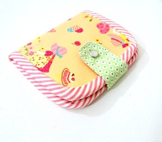 Sunbonnet Sue Bifold Wallet, Handmade Wallet, Girls Wallet