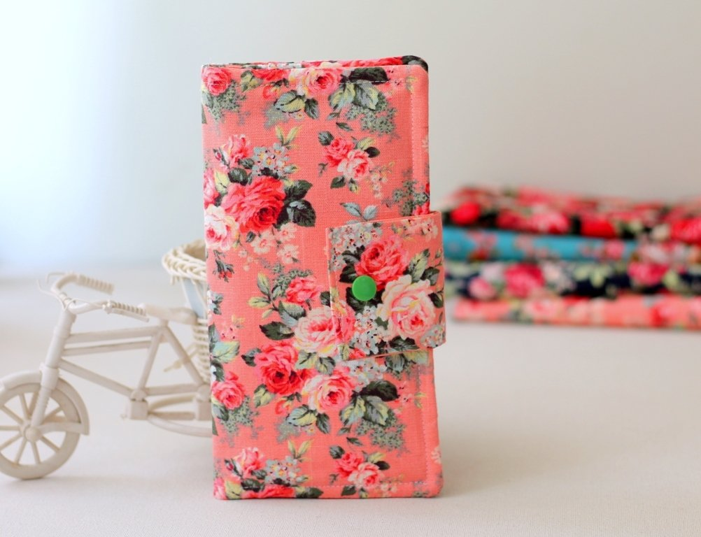 Floral fabric Wallet for Women,  Handmade floral purse, Slim bifold Wallet, Mother's Day Gift
