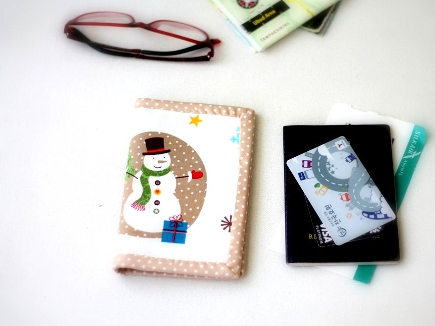 Cute Passports Cover, Handmade custom passport card holder, passport ticket holder, Snowman, ready to ship