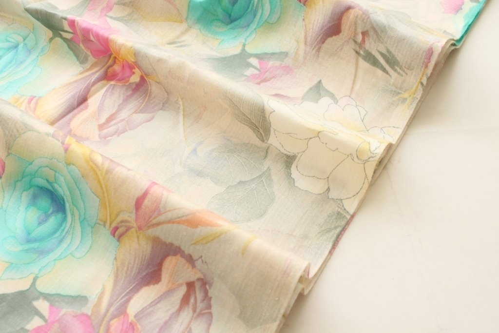 Pretty big floral print, soft color cotton fabric, blue floral