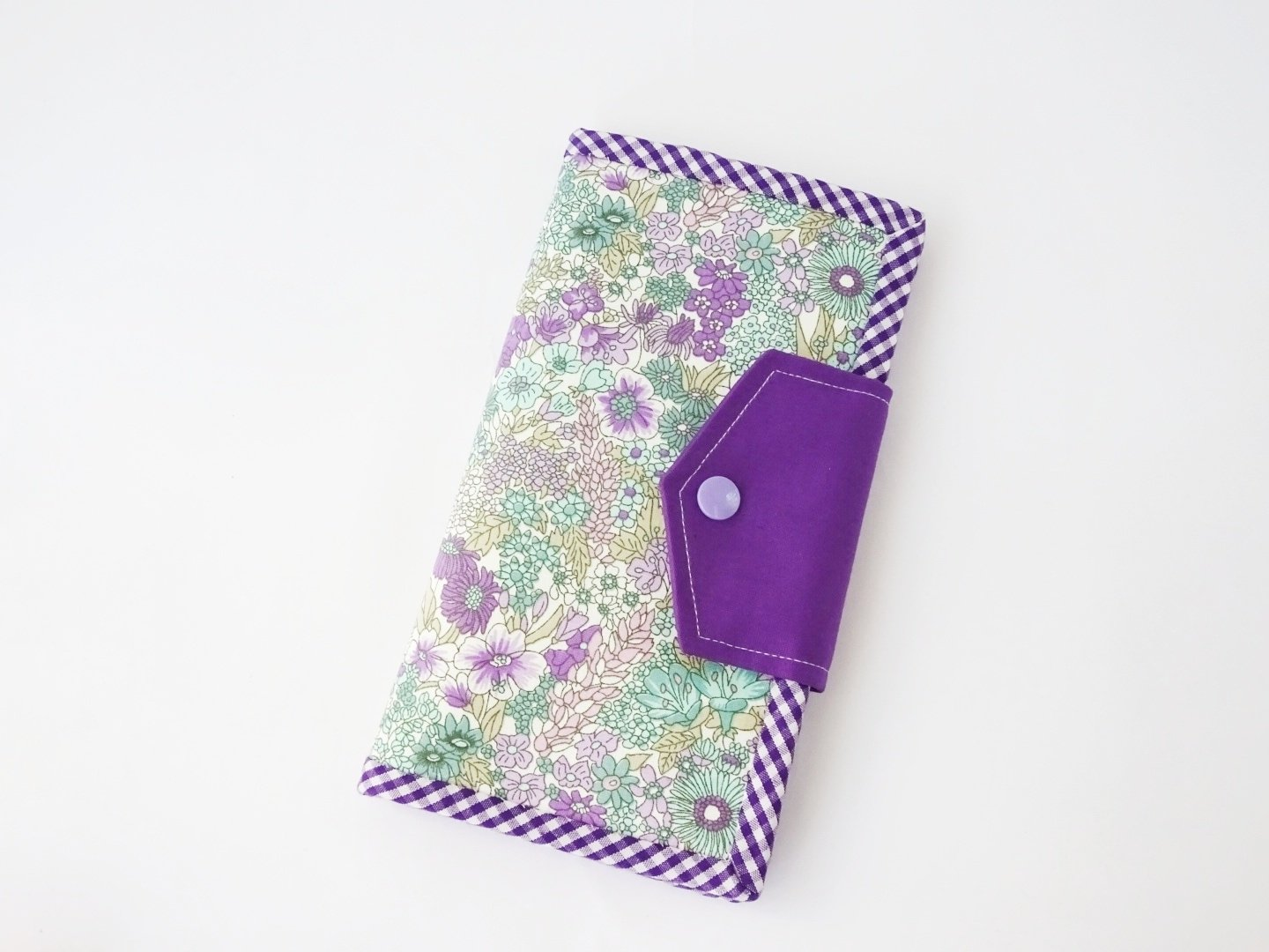 Handmade women's bifold wallet - purple flower
