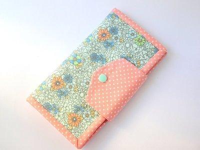 Handmade women's bifold wallet - Peach Flower