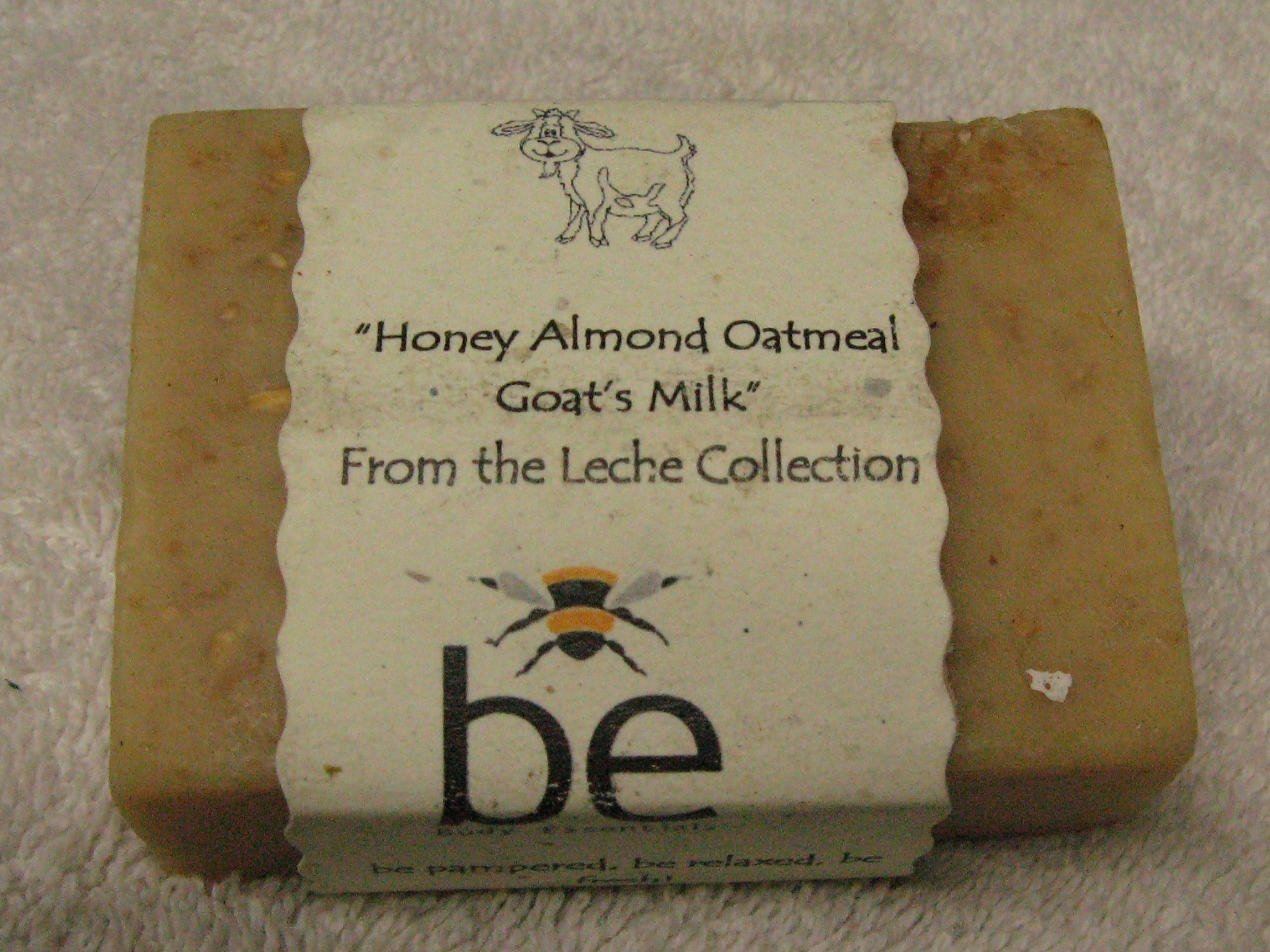 Honey, Almond, Oatmeal & Goats Milk Soap Bar hth009