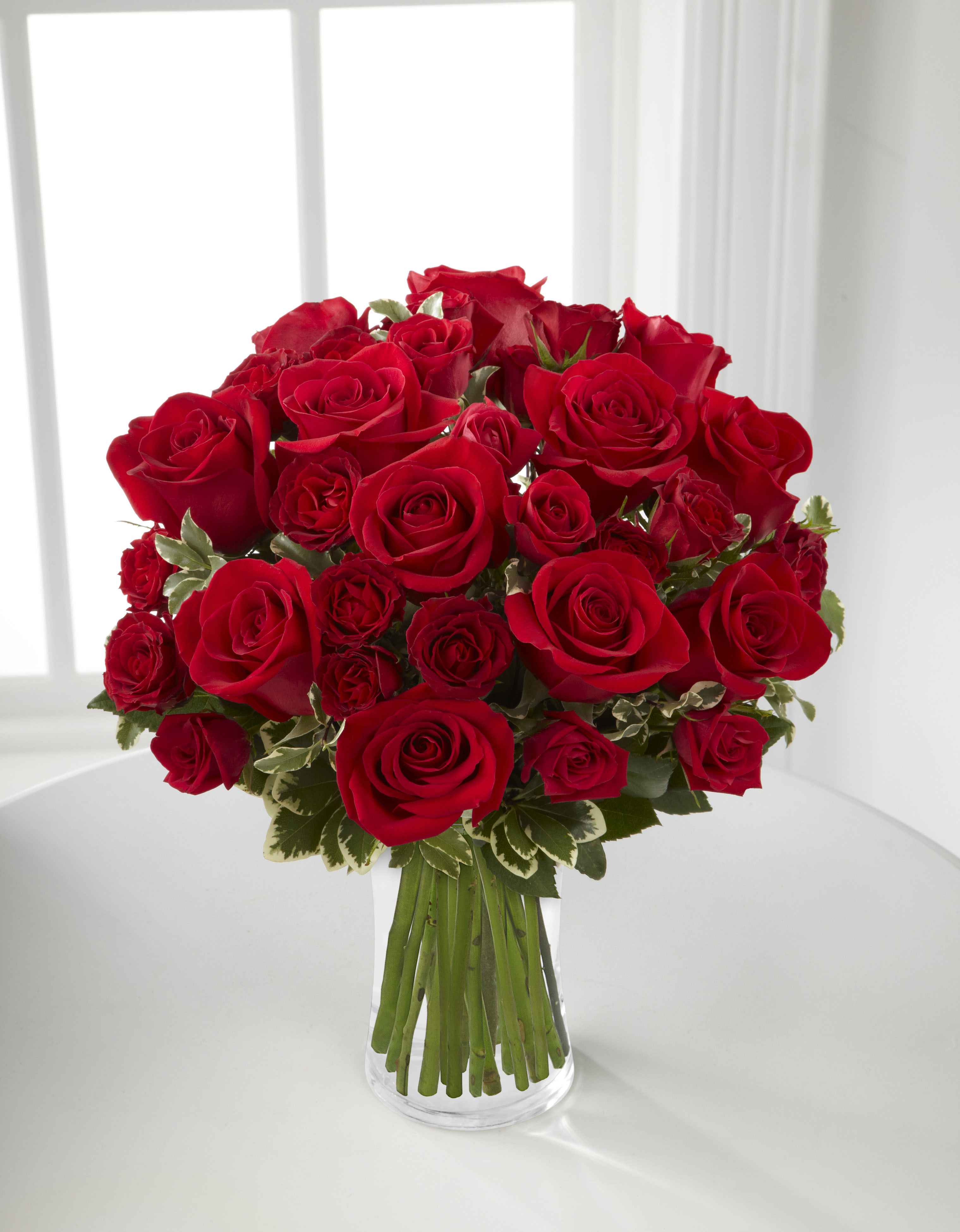 B23 4375 The FTD® Red Romance™ Rose Bouquet By Tognoli Gifts