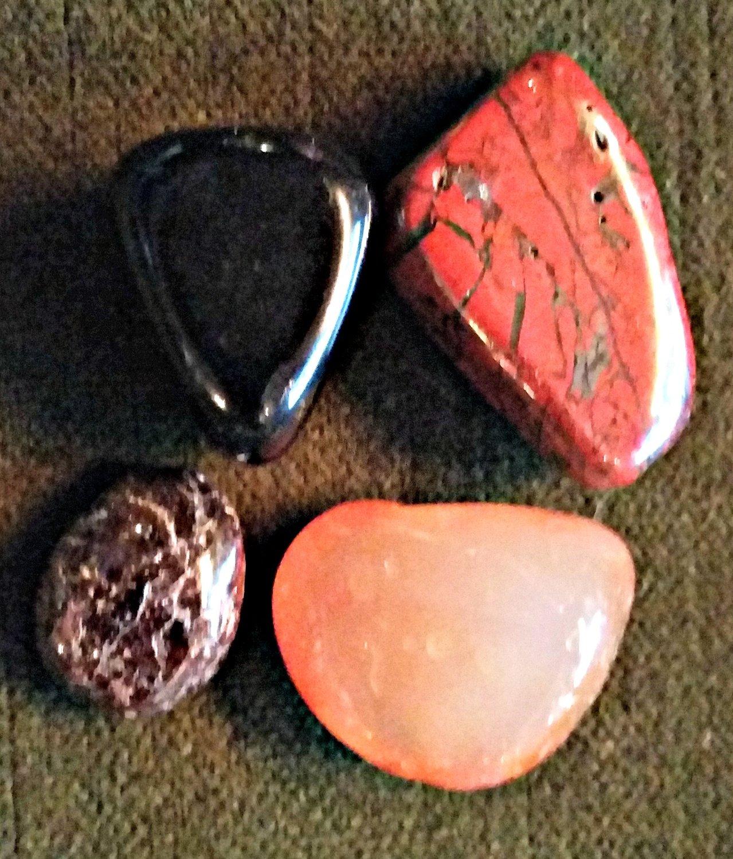 Root Chakra Stone Set